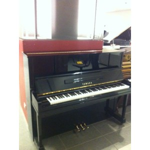 PIANOFORTE VERTICALE YAMAHA UX10BL